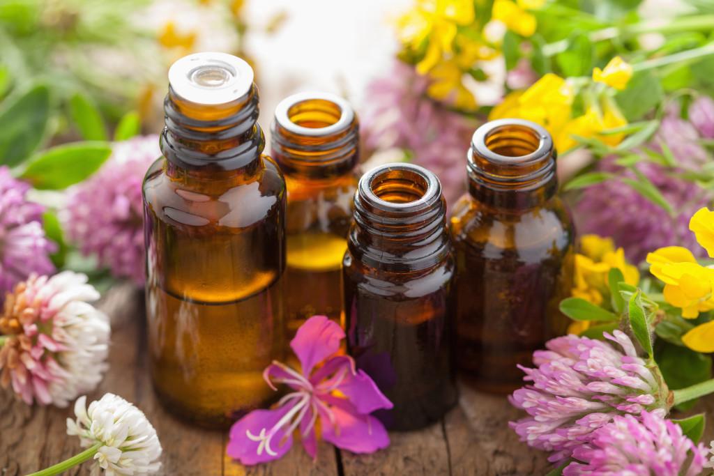 essential oils-7-17